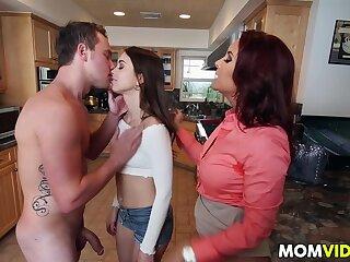 Stepmom Janet Mason frames Riley Reid be fitting of lovemaking
